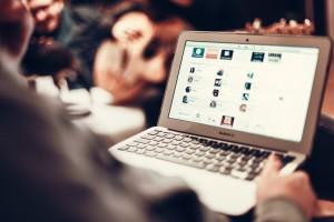 Online Adveritsing